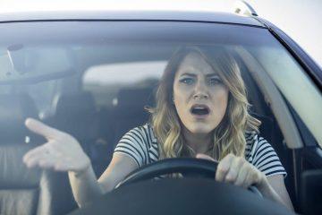 Fahrlässige Gefährdung des Straßenverkehrs – Fahrerlaubnisentziehung bei Schaden unter 750 Euro