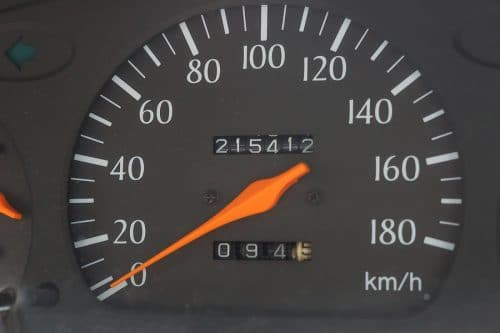 Verkehrsunfall - nicht feststellbare KM-Laufleistung des verunfallten Fahrzeugs