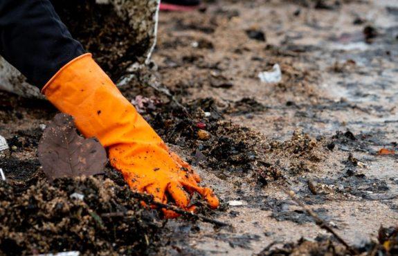 Grundstücksverschmutzung durch Ölaustritt - Schadensersatzanspruch