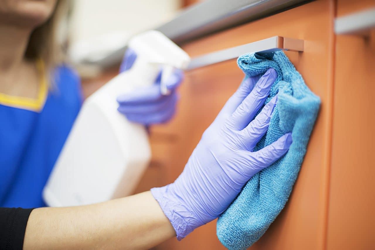 Reinigungsarbeiten – gerichtliche Schätzung des Stundenlohns