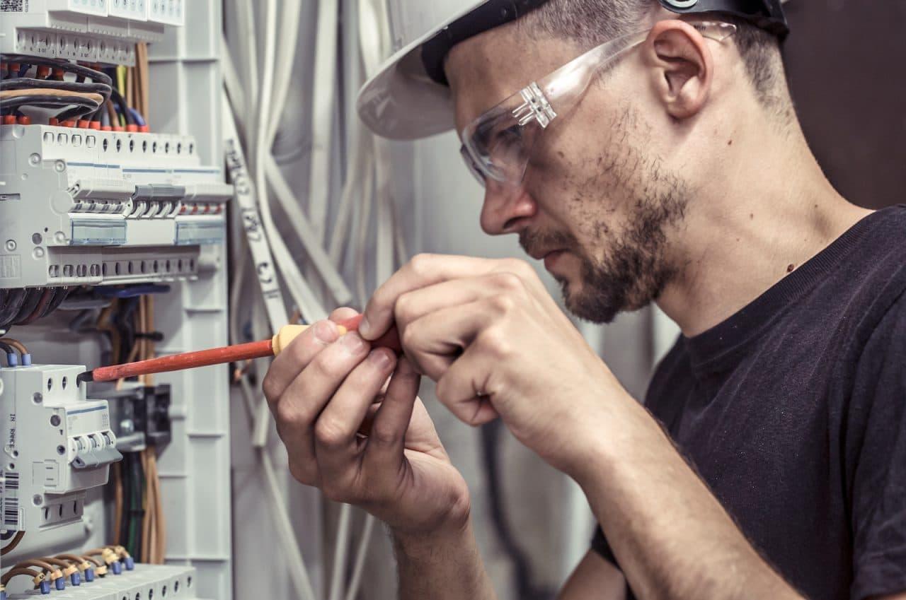Unterbrechung der Grundversorgung durch den Stromversorger wegen Zahlungsverzugs