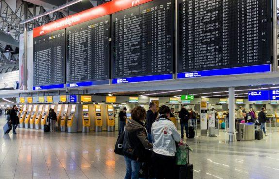 """Fluggastrechte - Flugannullierung durch """"wilden Streik"""" mit massenhafte Krankmeldungen"""