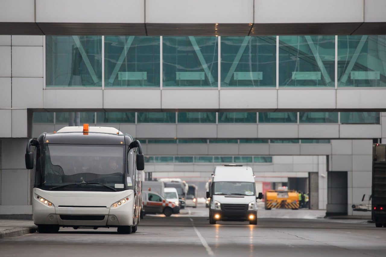 Flugannullierung - anderweitige Beförderung zu einem anderen Flughafen