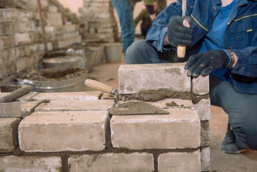 Nachbargrundstücksbeschädigung bei Errichtung einer Grenzmauer