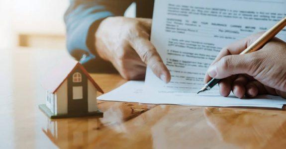 Grundstückskaufvertrag - sittenwidrig überteuerter Kaufpreis