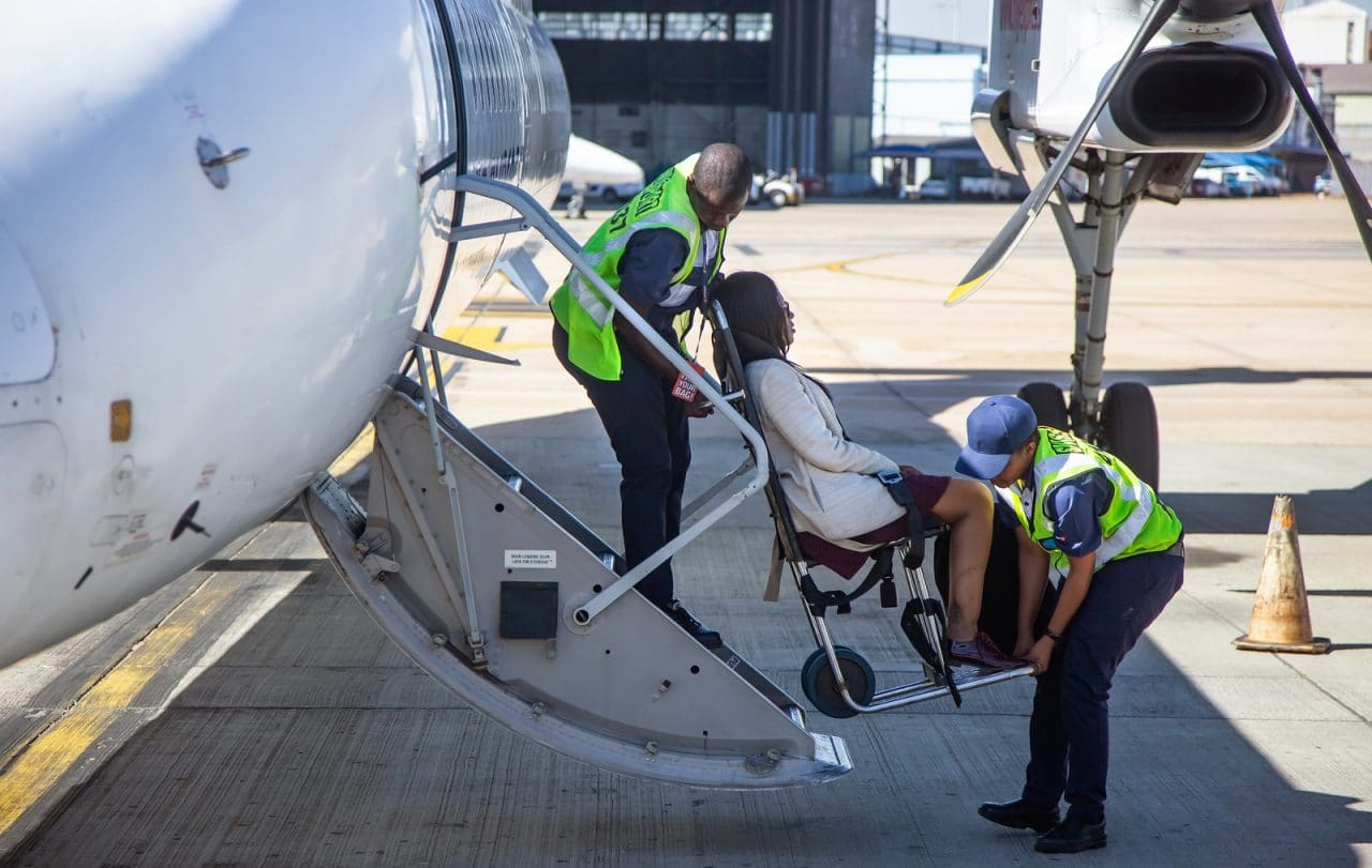 Beförderungsverweigerung für einen körperbehinderten Fluggast - Ausgleichsanspruch