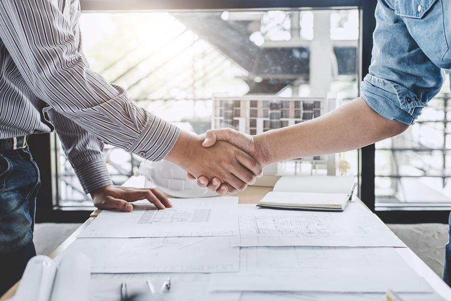 Ingenieur-Vertrag – fristlose Kündigung wegen Nichteinhaltung der Kostenobergrenze
