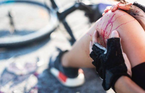 Verkehrsunfall - Schmerzensgeldanspruch bei schweren Fuß- und Beinverletzungen mit Dauerfolgen