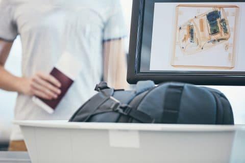 Flugversäumung aufgrund langsamer Sicherheitskontrollen – Schadensersatzanspruch