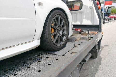 Bergungs- und Abschlepptätigkeit für Fahrzeug aus Geschäftsführung ohne Auftrag - Kostentragung