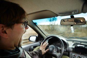 Kraftfahrhaftpflichtversicherung – Leistungsfreiheit bei Verkehrsunfallflucht