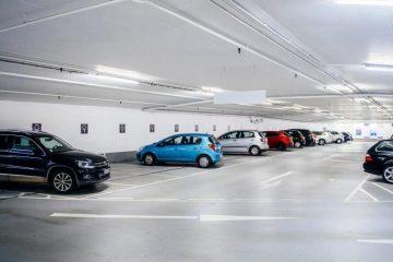 Verkehrsunfall -Geltung von Vorfahrtsregeln in einem öffentlichen Parkhaus