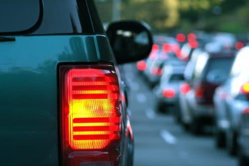 Verkehrsunfall - Reißverschlussprinzip bei Fahrspurhindernissen