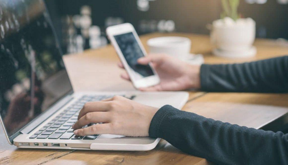 Internet-Verzeichnis von Gewerbetreibenden - wirksames Vertragsangebot per Telefax?
