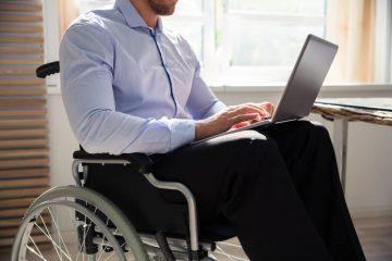 Berufsunfähigkeitszusatzversicherung – Umorganisation des Betriebes eines Selbstständigen