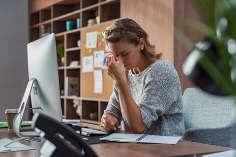 Berufsunfähigkeitsversicherung - Berufsunfähigkeit bei Schmerzsyndrom nach postthrombotischem Leiden