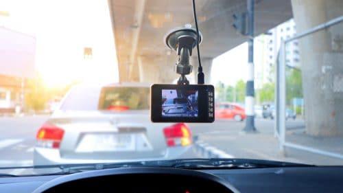 """Verkehrsunfall – """"Dash-Cam""""-Aufnahmen als Beweismittel"""