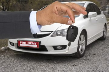 Verkehrsunfall – Erstattungsfähigkeit von Mietwagenkosten und Schmerzensgeld