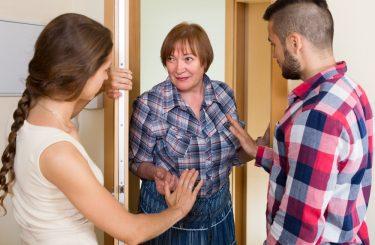 Fristlose Mietvertragskündigung bei Straftaten und Beleidigungen gegenüber anderen Mietern