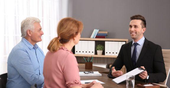 Auskunftsanspruch eines Pflichtteilsberechtigten gegenüber Erben - Erfüllung durch Teilauskünfte
