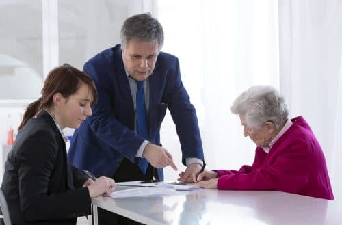 Testamentsauslegung hinsichtlich Erbeinsetzung oder Vermächtnisanordnung