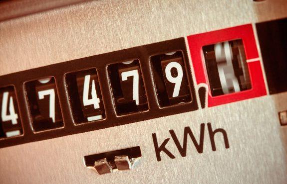 Stromlieferungsvertrag - Vergütungsanspruch des Stromversorgers gegen Strombezieher nach Vertragskündigung