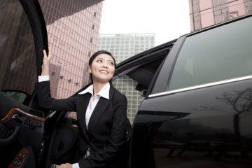 Verkehrsunfall bei Aussteigevorgang – Unaufklärbarkeit des Zeitpunktes des Öffnens einer Fahrzeugtür