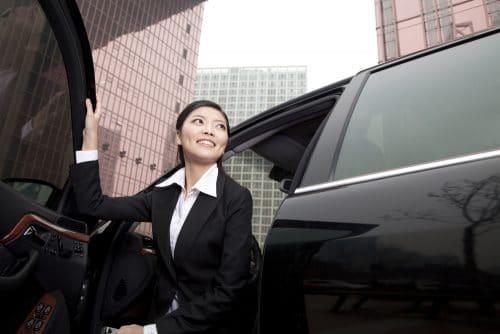 Verkehrsunfall bei Aussteigevorgang - Unaufklärbarkeit des Zeitpunktes des Öffnens einer Fahrzeugtür