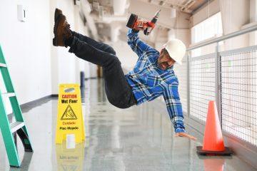 Gesetzliche Unfallversicherung – Regressanspruch gegen Unternehmer bei grob fahrlässig verursachtem Arbeitsunfall