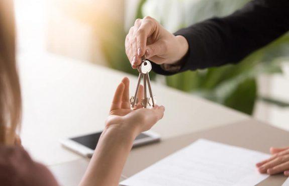 Unberechtigte Eigenbedarfskündigung des Vermieters - Makler-Kosten für neu angemietete Mietwohnung