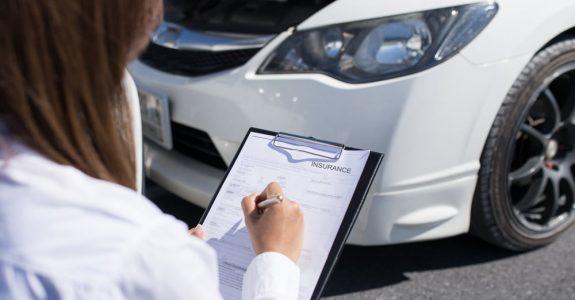 Verkehrsunfall – Bagatellschaden – Sachverständigengutachten ab 750 Euro Schaden