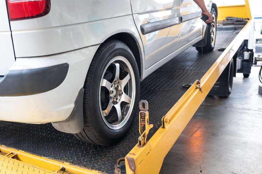 Verkehrsunfall - Mietwagenkosten bei Notreparatur am Unfalltag und bei längerer Reparaturdauer