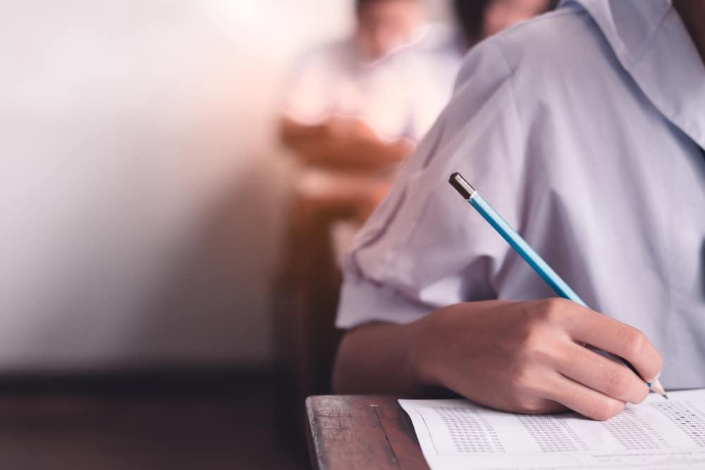 Neubewertung schriftlicher Prüfungsleistungen bei zweiter juristischer Staatsprüfung