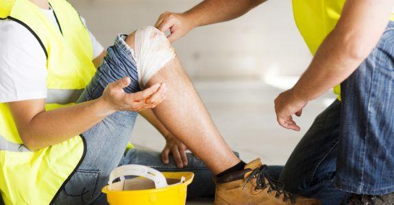 Gesetzliche Unfallversicherung - Regressanspruch bei grob fahrlässig verursachtem Arbeitsunfall