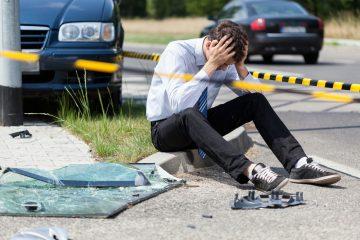 Verkehrsunfall – Kollision eines Linksabbiegers mit einem Geradeausfahrenden
