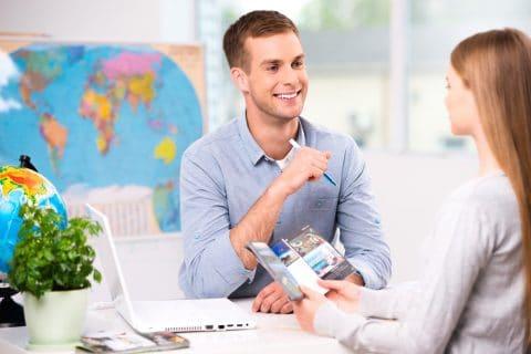 Reisebüro als Reiseveranstalter und Vertragspartner des Reisenden