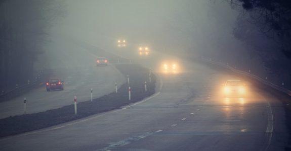 Nebelbedingt schlechte Sichtverhältnisse – Vorfahrtsberechtigung - Verkehrsunfall