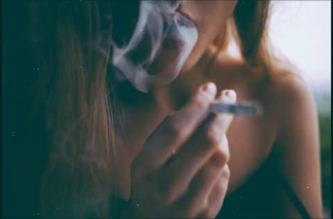Schadensersatz des Vermieters wegen übermäßigen Rauchens der Mieters
