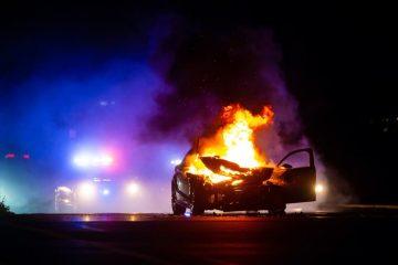 Fahrzeugbrand bei einem abgestellten Pkw – Haftung aus Betriebsgefahr