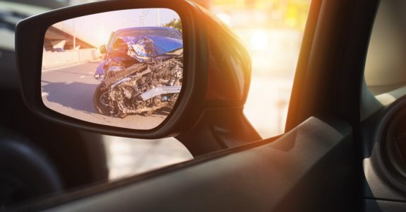 Verkehrsunfall - Kollision zwei rückwärtsfahrender Fahrzeuge