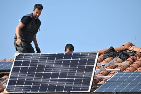 Photovoltaikanlageninstallation - Fehlerhaftigkeit der Leistung des Auftragnehmers