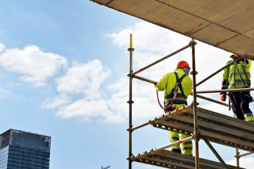 Haftung des Bauherrn für Gerüstunfall bei Verstoß gegen Unfallverhütungsvorschriften