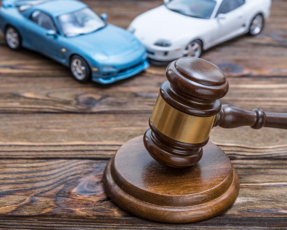 Verkehrsunfall - Aktivlegitimation für Schadensersatzanspruch - Eigentumsnachweis durch Kfz-Brief