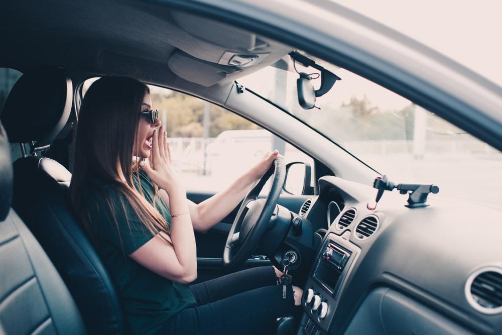 Verkehrsunfall - Schadenseintritt durch Reaktion auf den Betrieb eines Fahrzeugs