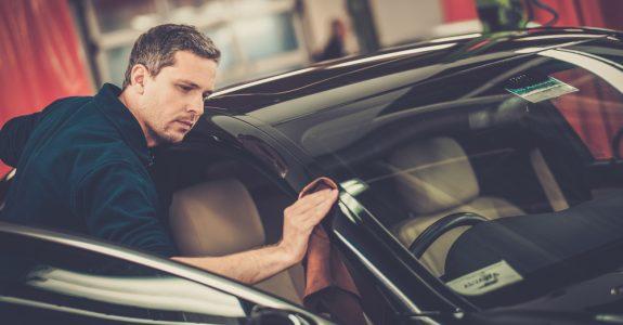 Verkehrsunfall - Ersatzfähigkeit der Kosten für Endkontrolle und Endreinigung des Fahrzeugs
