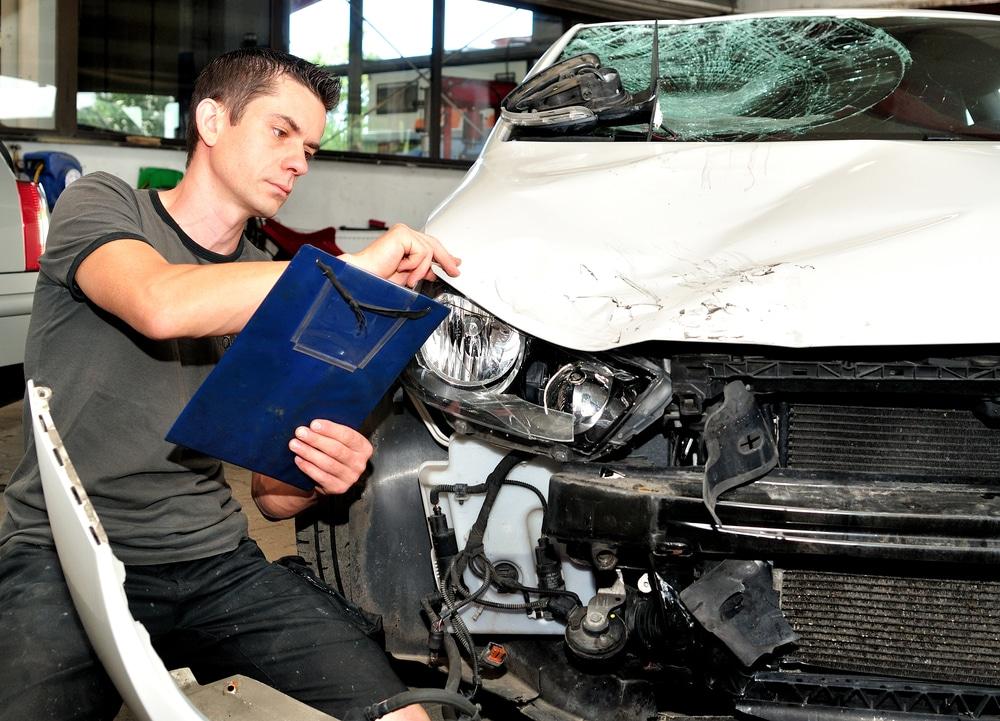 Verkehrsunfall - Restwertermittlung unter Berücksichtigung des höchsten Restwertangebots
