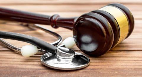 Verkehrsunfall - Vernehmung des behandelnden Arztes zum Beweis von Beschwerden