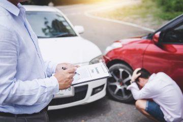 Verkehrsunfall – Einfahren vom Parkstreifen auf die Fahrbahn