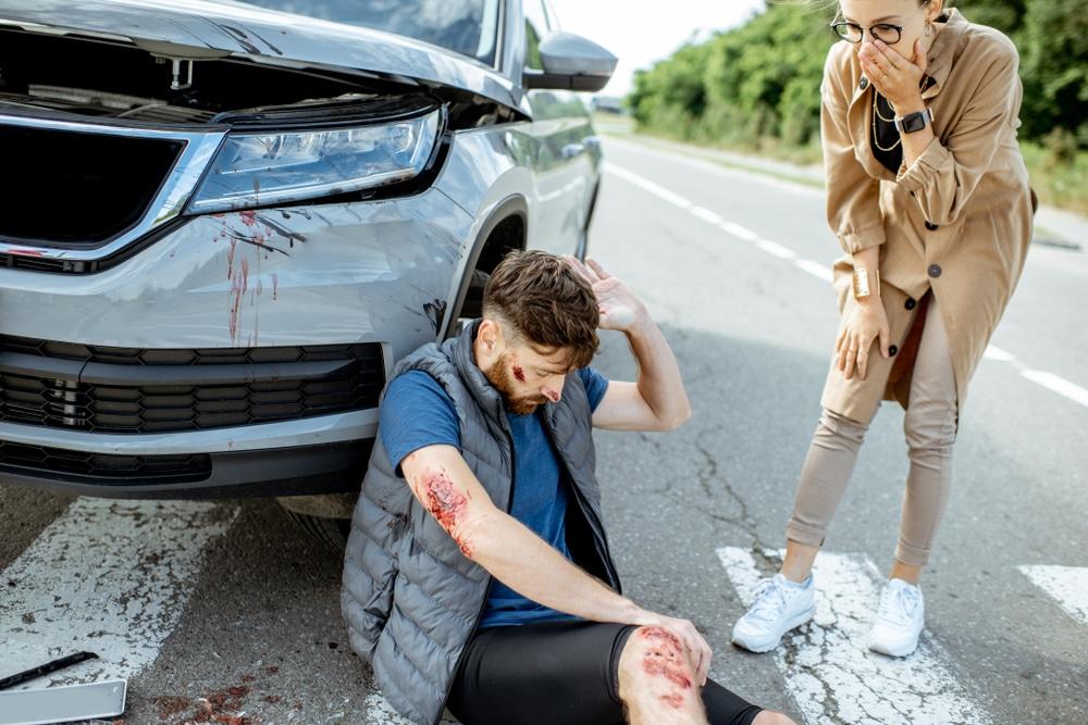 Verkehrsunfall mit Fußgänger - nicht auf dem kürzesten Weg die Fahrbahn überquert