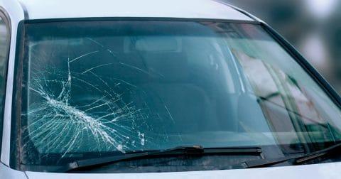 Steinschlagschaden durch Herabfallenden Stein als unabwendbares Ereignis